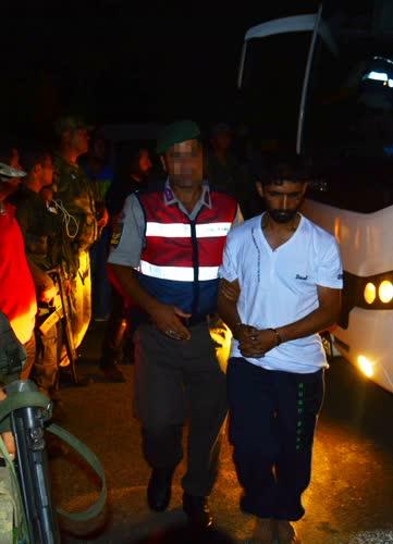 Yakalanan darbeci askerin gözaltı fotoğrafları ortaya çıktı 1