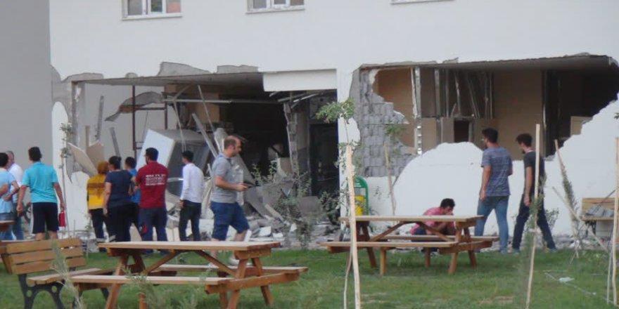 Mardin'deki bombalı saldırıdan görüntüler