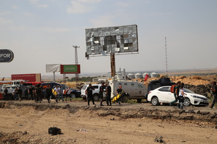 Diyarbakır'da terör saldırısı 1