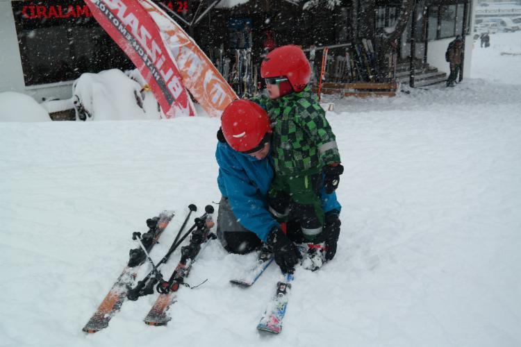 Uludağ'da kar kalınlığı 1 metreyi aştı 5