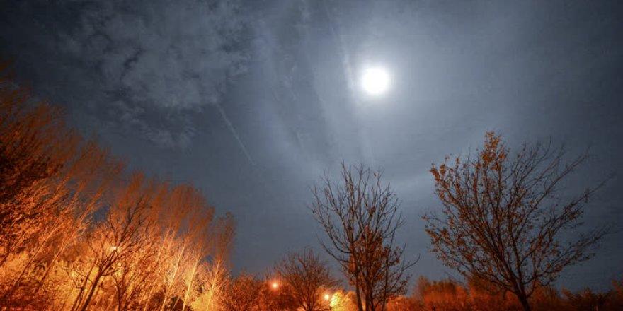 'Süper Ay'dan süper fotoğraflar