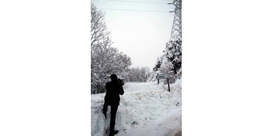 Kapalı yollarda beyaz esaretle müthiş mücadele