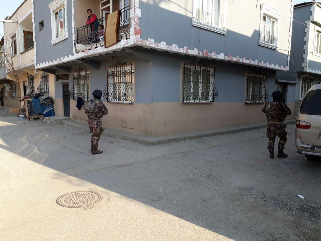 Bursa'da uyuşturucu tacirlerine helikopter destekli operasyon 1