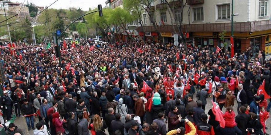 Bursa'nın fetih şenliklerinde Diriliş izdihamı
