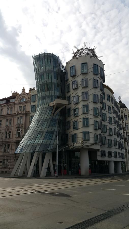 Prag'da bahar başka 8