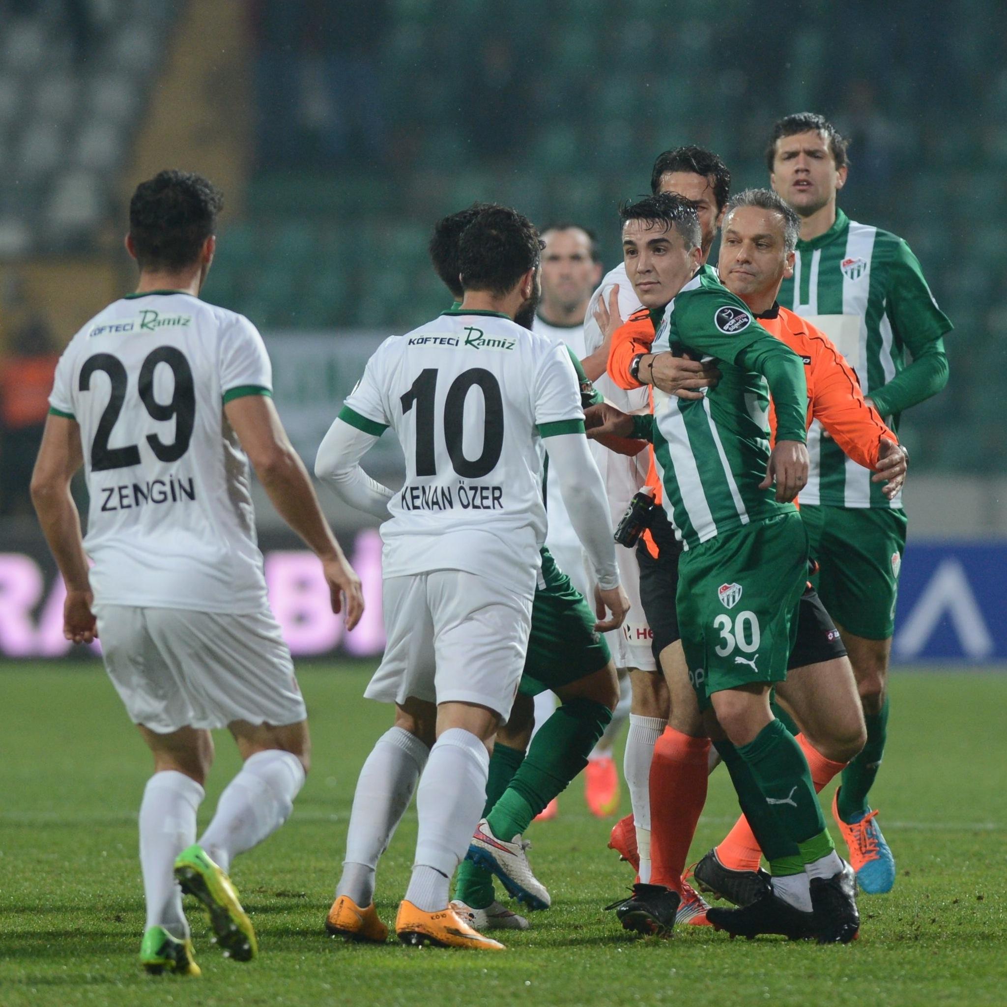 Bursaspor 3-1 Akhisar Belediyespor 3