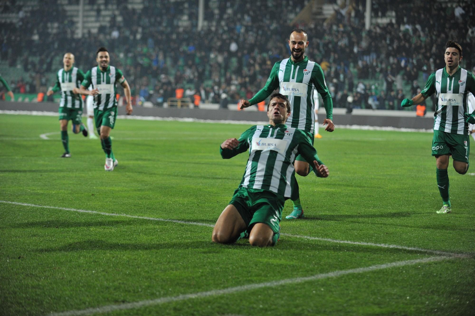 Bursaspor 3-1 Akhisar Belediyespor 48