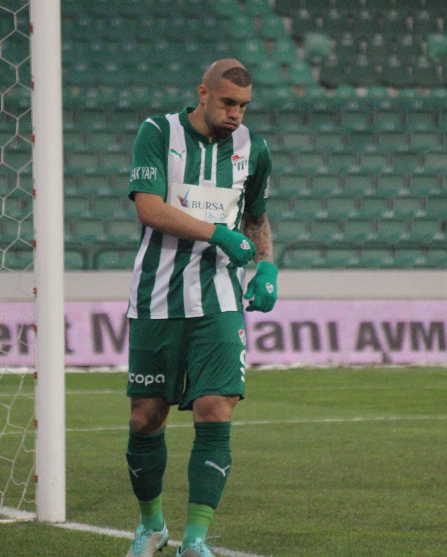 Bursaspor 3-1 Akhisar Belediyespor 8