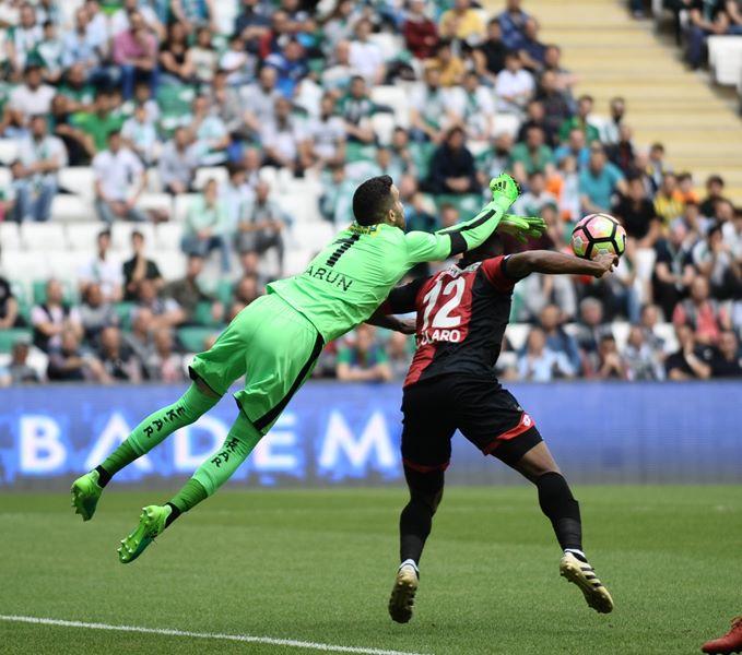 Bursaspor - Gençlerbirliği maçından kareler 1