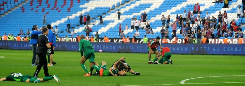 Trabzonspor - Bursaspor maçından kareler 1