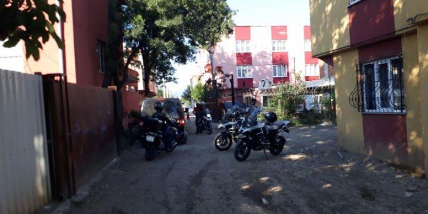 Bursa'da bin 250 polisle uyuşturucu operasyonu