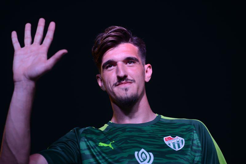 Bursaspor'un yeni sezon formaları görücüye çıktı 2