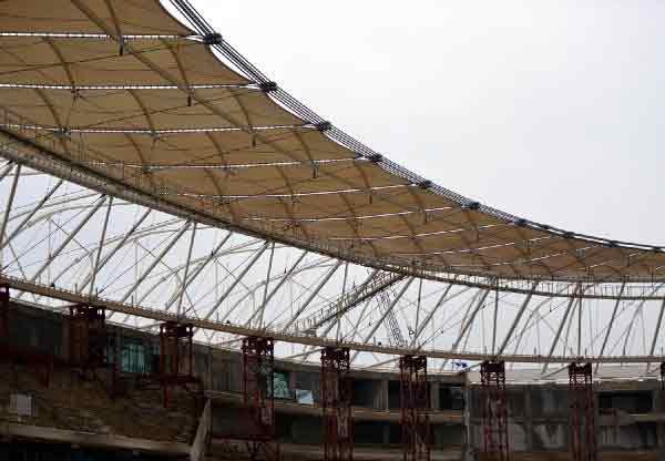 Timsah Arena'nın koltuk montajı başladı 1