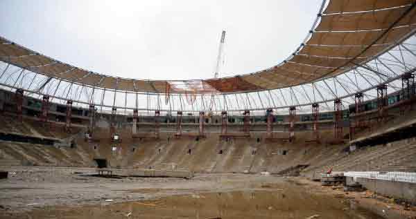 Timsah Arena'nın koltuk montajı başladı 12