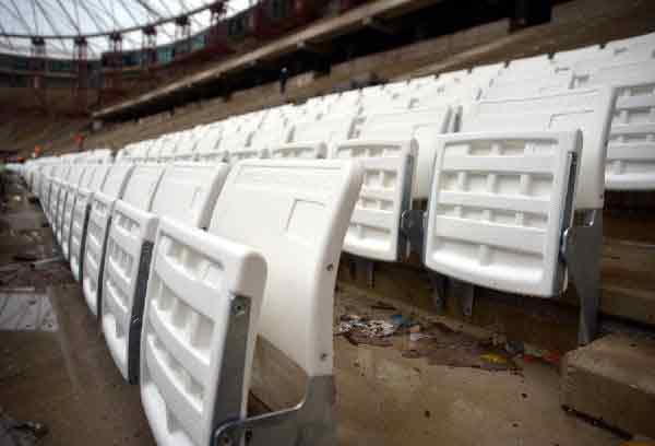 Timsah Arena'nın koltuk montajı başladı 16