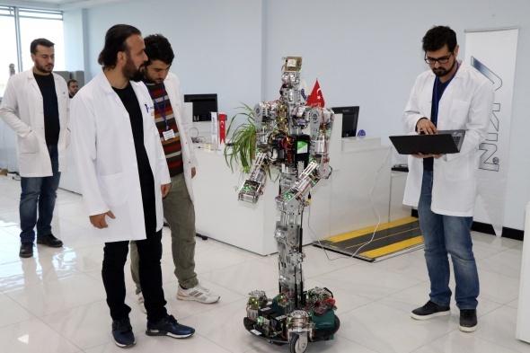 Türkiye'de ilk insansı robot fabrikası üretime başladı 1