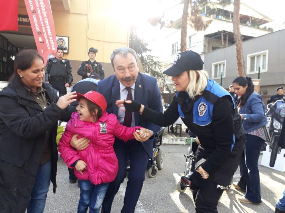 Emniyet Müdürü, engelli çocuklarla buluştu 2