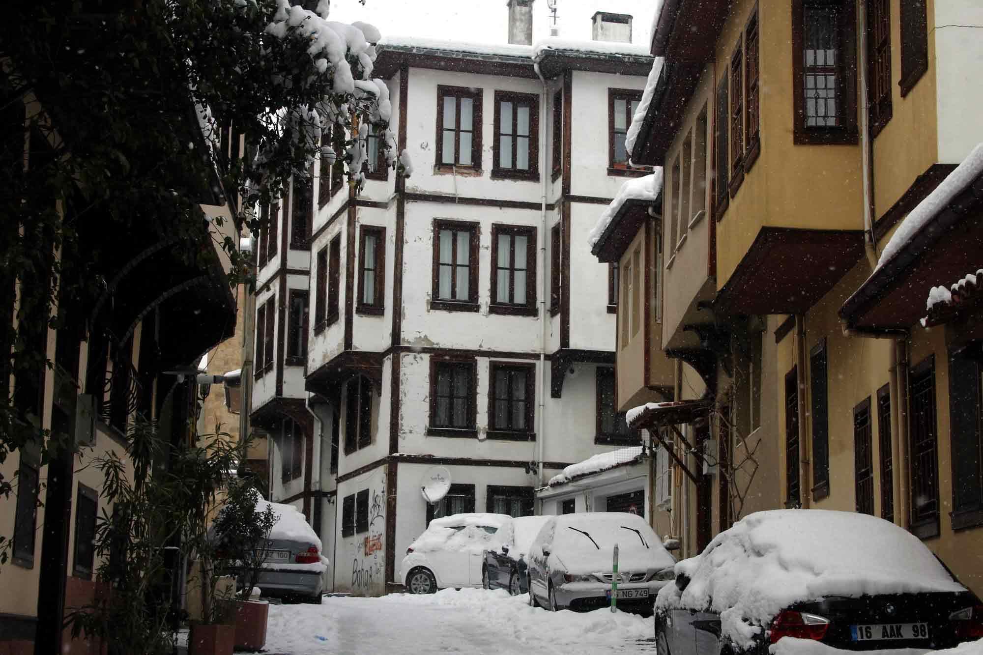 Bursa'nın tarihi mekanlarından kartpostallık görüntüler 5
