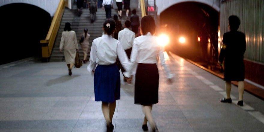 Kuzey Kore'den Kim Jong un'u kızdıracak kareler