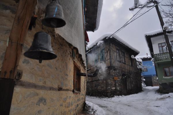 600 yıllık Osmanlı köyü Cumalıkızık, kışın ayrı güzel 8
