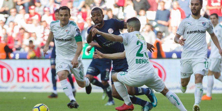 Antalyaspor - Bursaspor maçından kareler