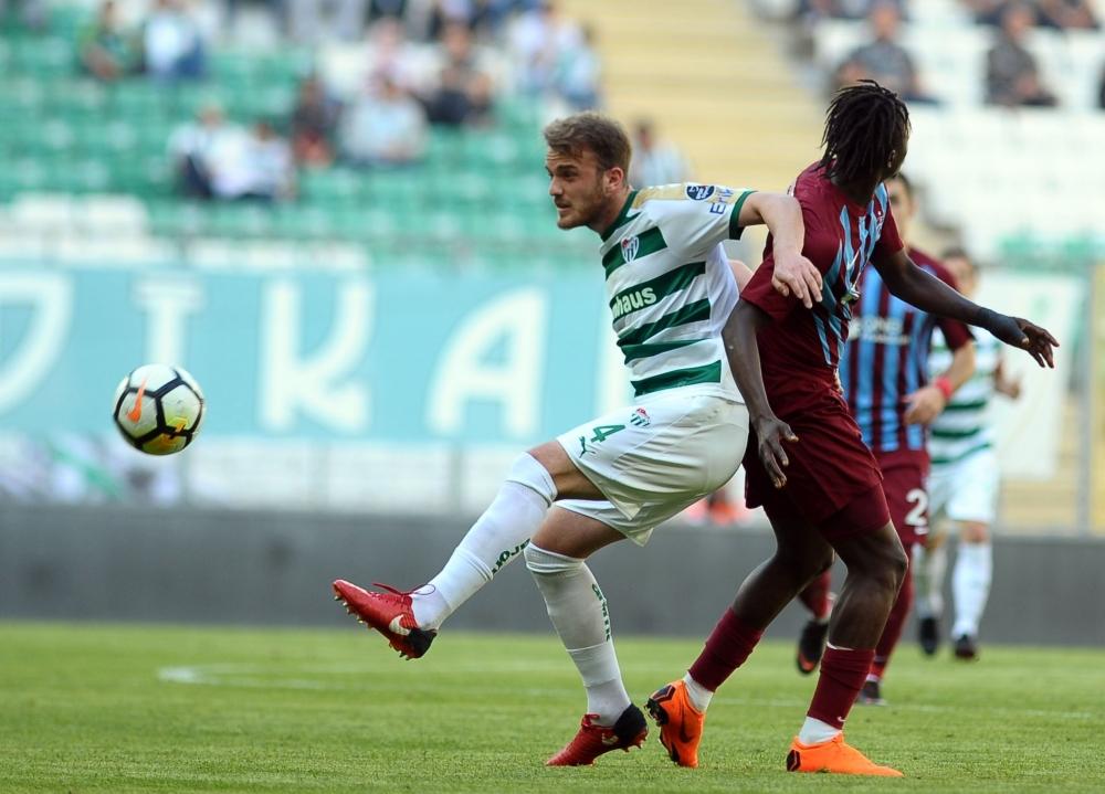 Bursaspor- Trabzonspor maçından kareler 1