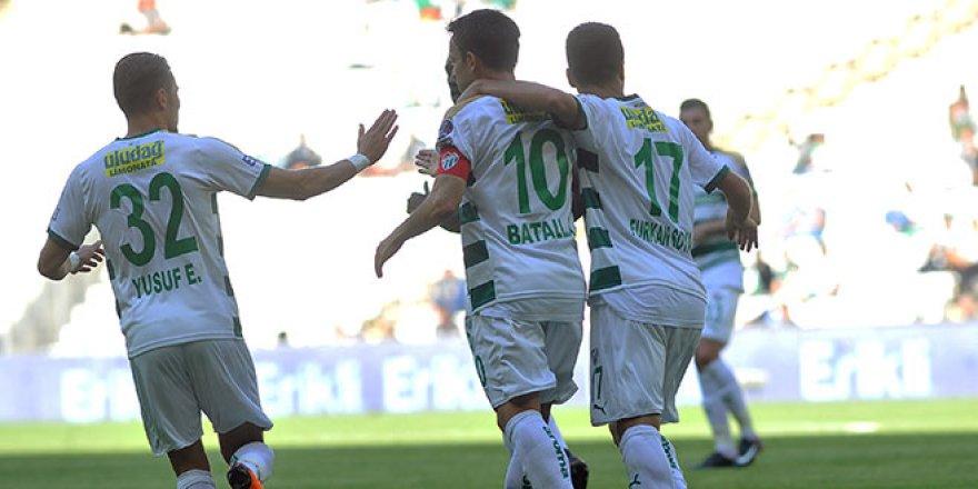Bursaspor- Trabzonspor maçından kareler