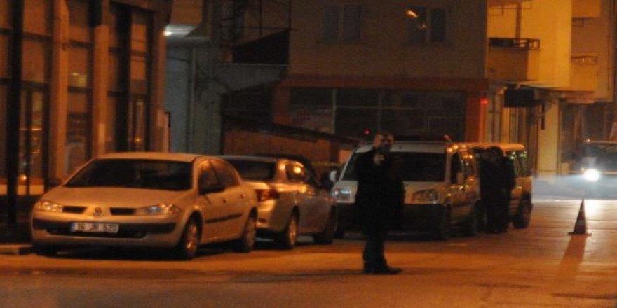 Bursa'da eski astsubayın aşk cinneti!