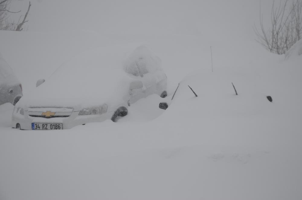 Zirvede kar kalınlığı 1 metreyi geçti 1