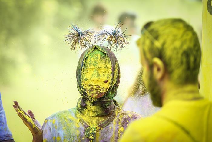 Bin kişiyle 'renkli koşu festivali' 1