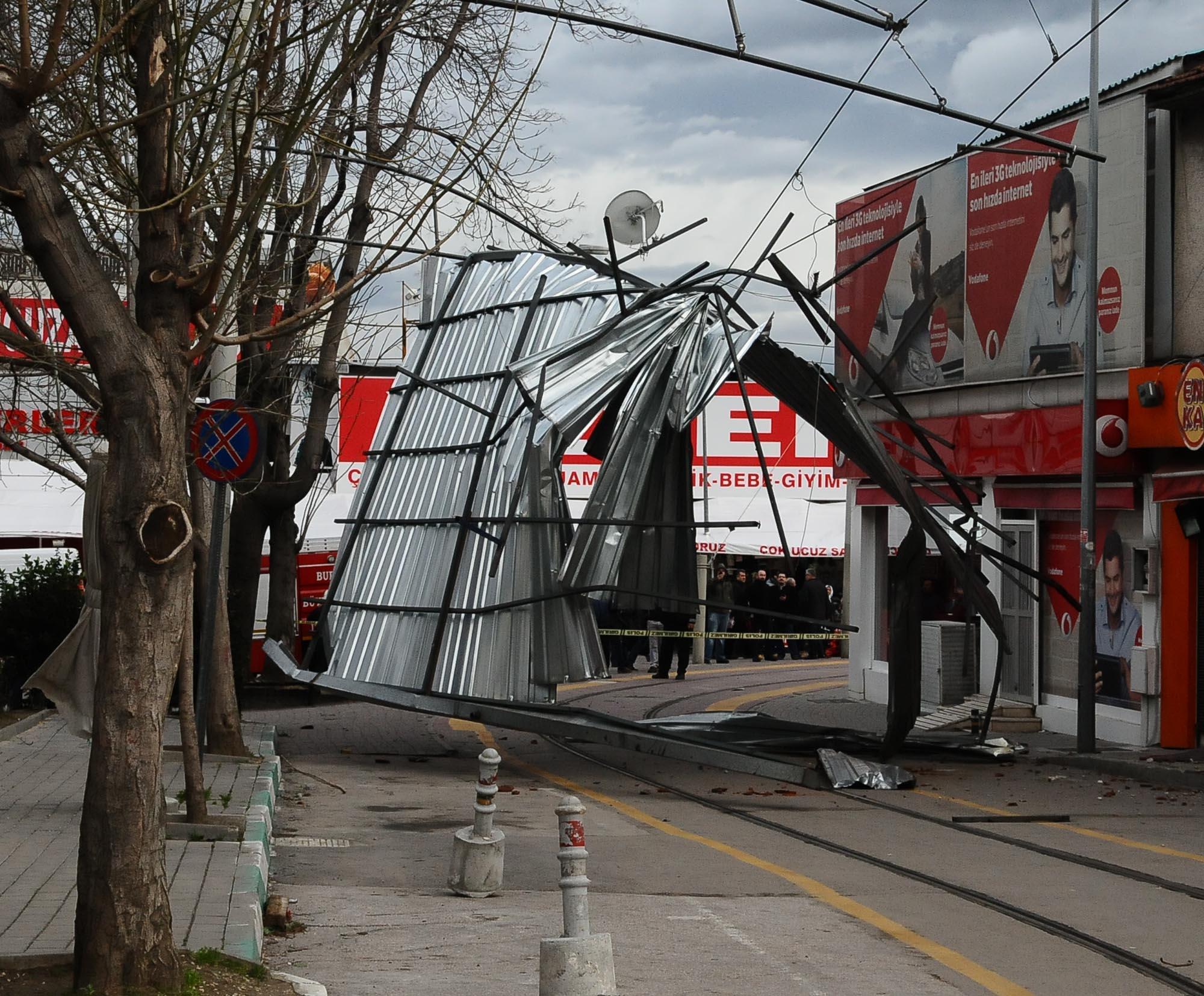 Bursa'da lodos hayatı felç etti 33