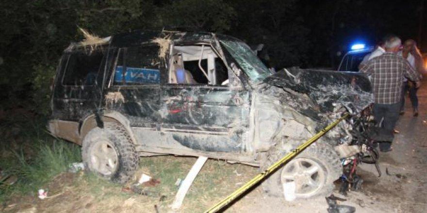 Adana'da feci kaza: 4 ölü, 4 yaralı