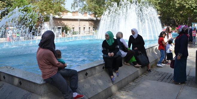 Bursa'da yüksek sıcaklık bunalttı 1