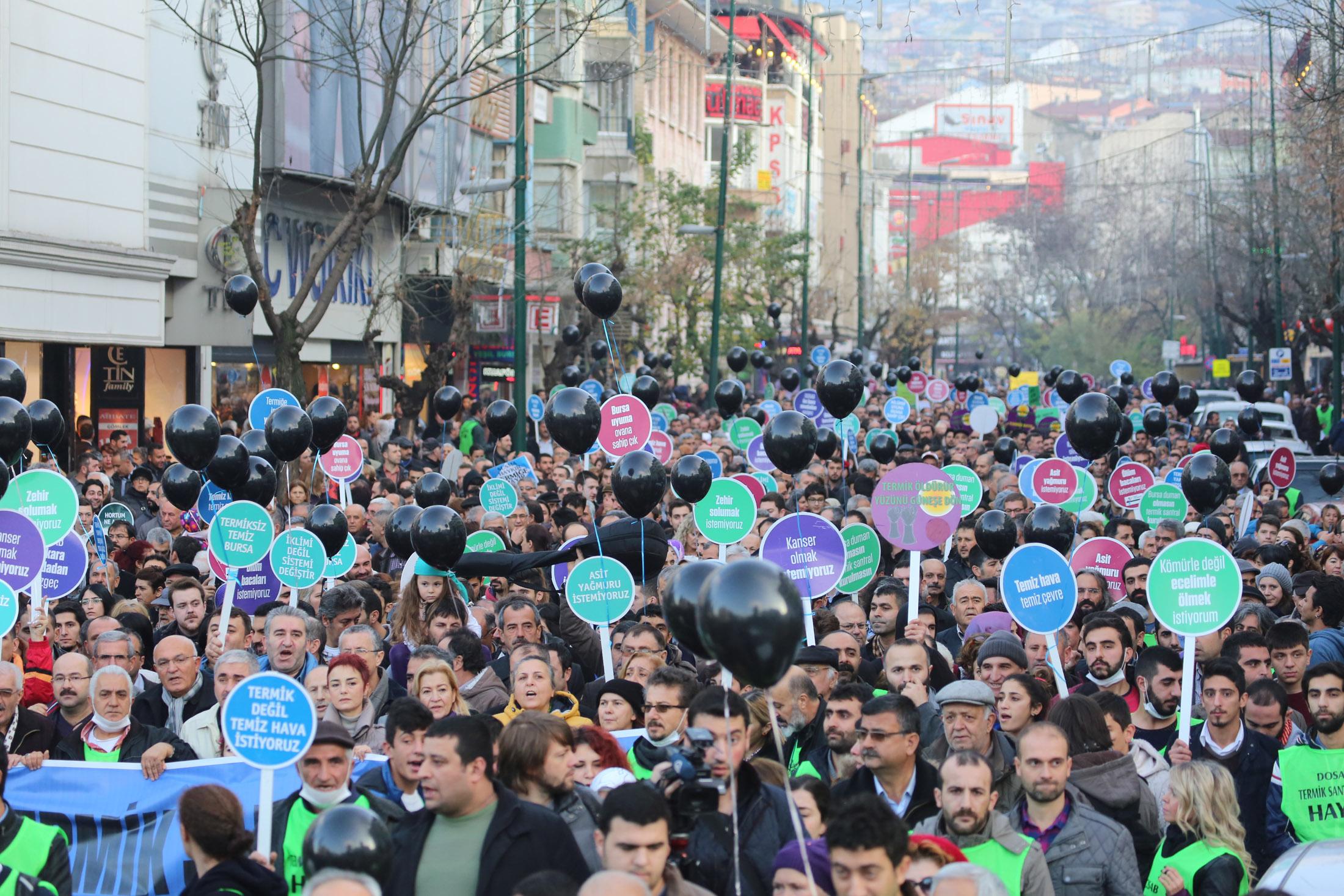 Bursa'da tarihi eylem 11