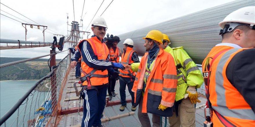 Bakan Bilgin 3. köprü inşaatında incelemelerde bulundu