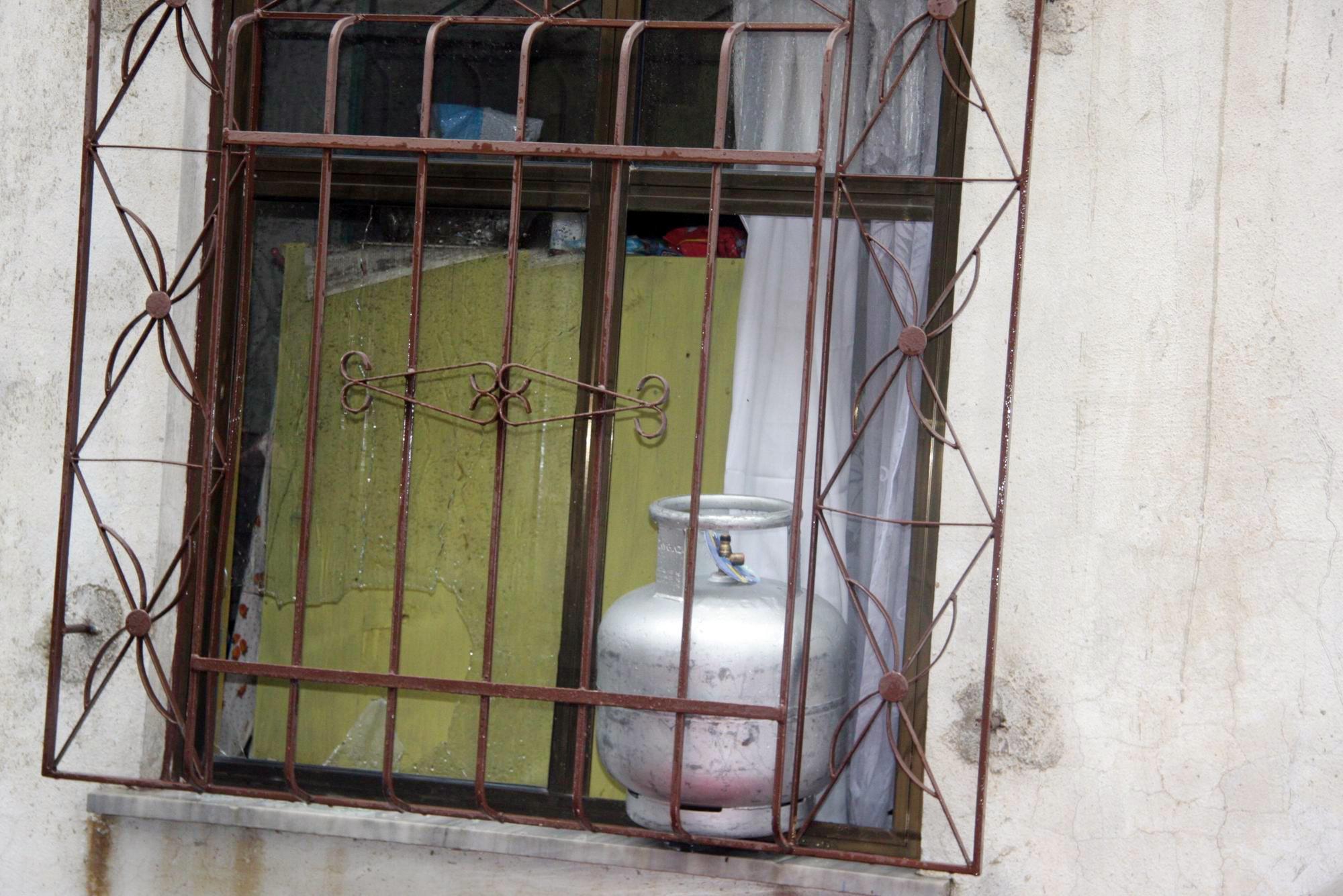 Bursa'da pompalı dehşeti: 3 polis yaralı 10