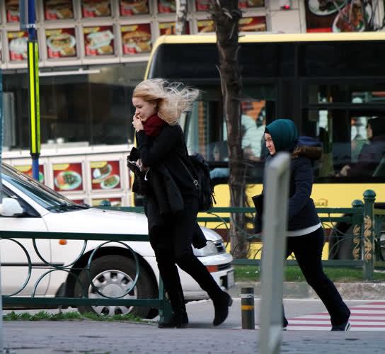 Bursa'da şiddetli lodos 1