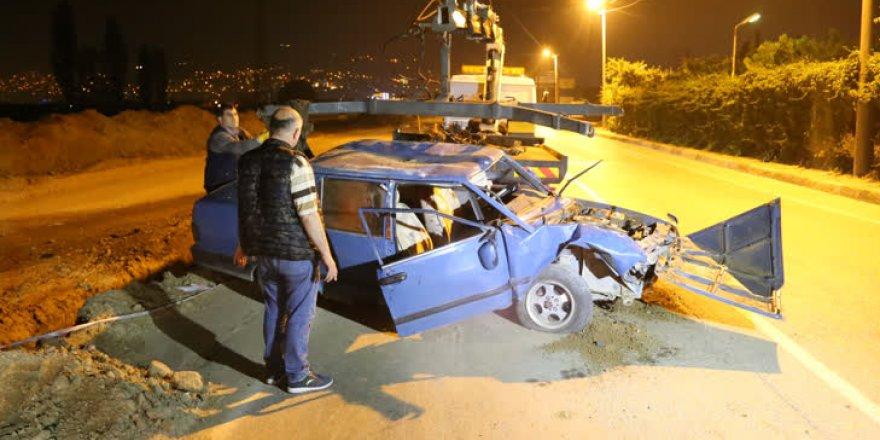 Bursa'da otomobil kanala düştü: 2 yaralı