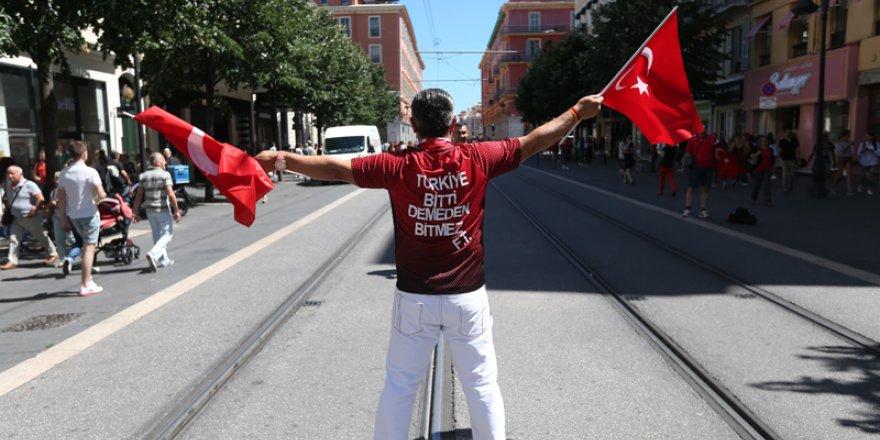 'Türkiye bitti demeden bitmez'