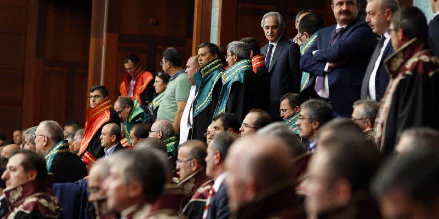 Meclis'te tarihi toplantıdan kareler