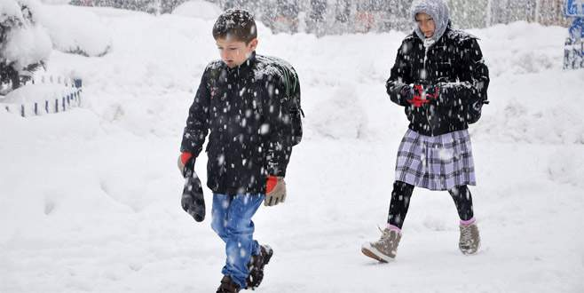 5 ilçede eğitime kar engeli