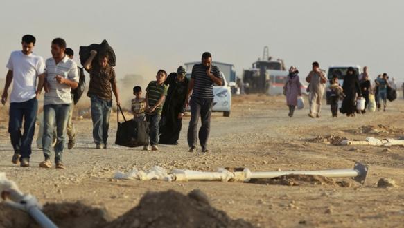 Suriyelilere sınırı kapattı