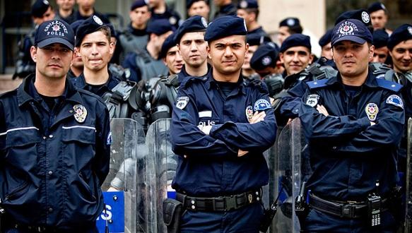 Emniyet 6 bin 500 polis alıyor