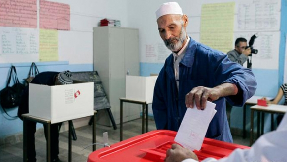 Tunus`ta kritik seçim