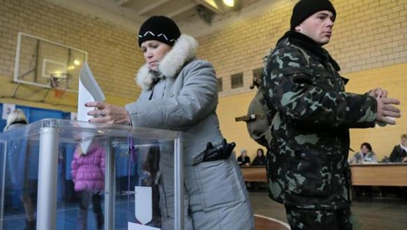 Ukrayna değişim için sandığa gitti