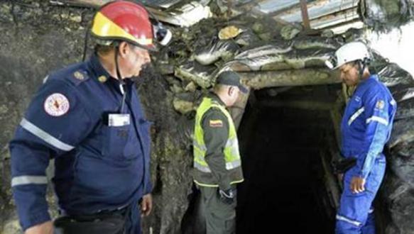 Kolombiya`da 12 madenci öldü