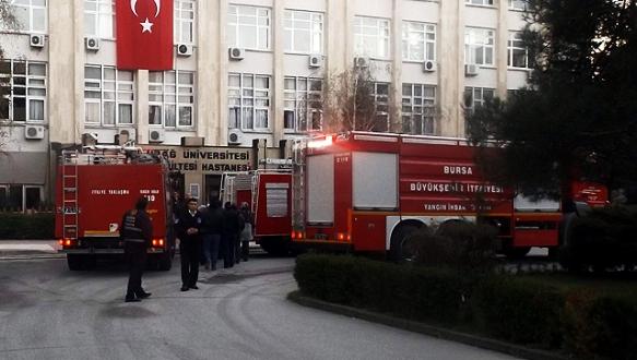 Uludağ Üniversitesi`nde yangın paniği