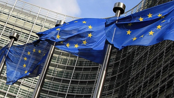 AB Komisyonu: Türkiye bu yıl % 2,8 büyüyecek