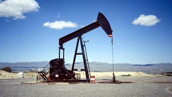 Brent petrol 4 yılın en düşüğüne ilerliyor