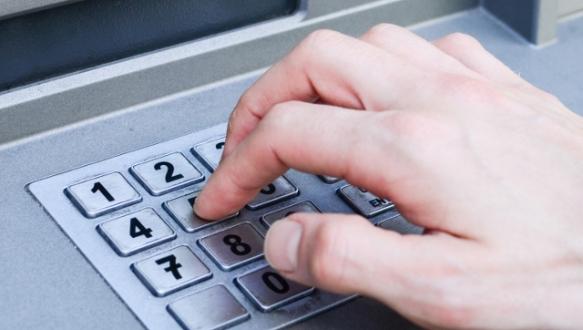 Banka hesabı boşaltan şebeke çökertildi